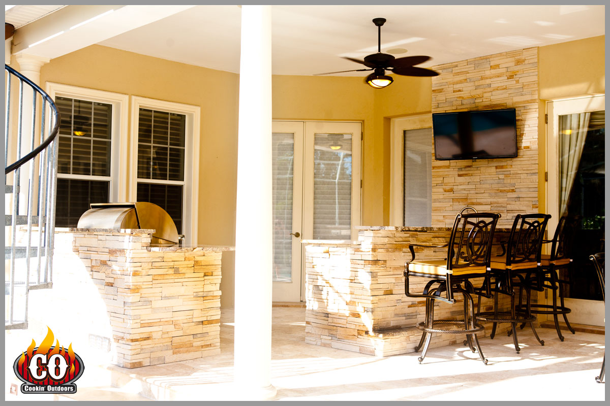 Cookin Outdoors Designed And Built This Outdoor Kitchen In