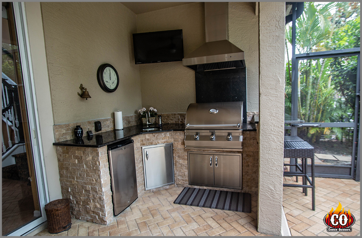 Outdoor Kitchen Tampa Westchase Outdoor Kitchen Contractor Outdoor Contractor Custom Outdoor Kitchens Fire Pits And More Concrete Construction